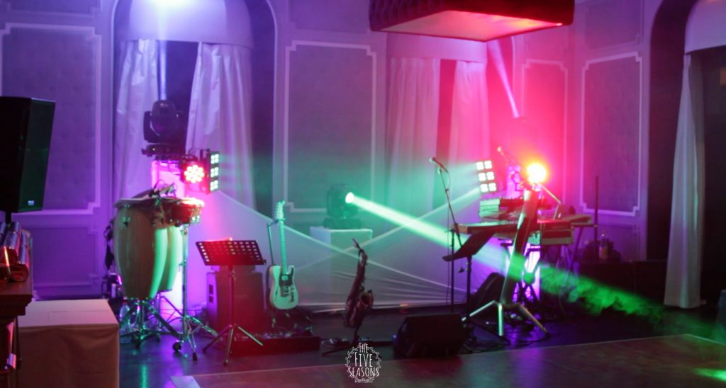 Palace de Menthon mariage - Five seasons Live band Set up