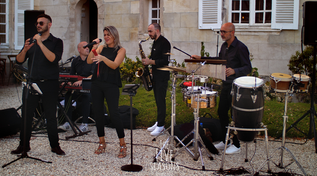 chateau du fey - five seasons wedding band ( orchestre pour mariage haut de gamme )