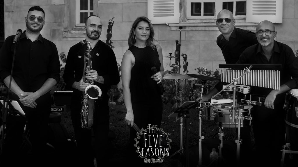 Live band geneva - The Five seasons wedding live band - Roxana (singer) Tony (Mc & Singer) Ludovic (singer & keyboards) Mathieu (saxophone perfomer) Oliver (percussions)